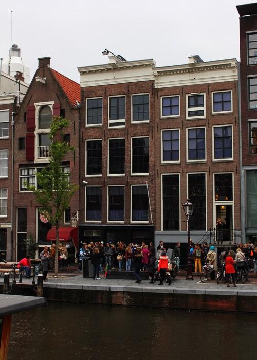Blick auf das Anne Frank Haus in  Amsterdam