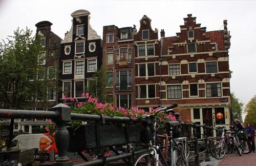 typische Häuser in Amsterdam