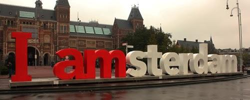 I amsterdam Schriftzug vor dem Rijksmuseum.
