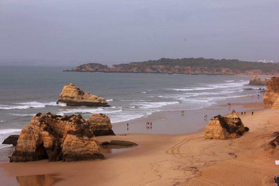 Blick über den Strand in Praia da Rocha