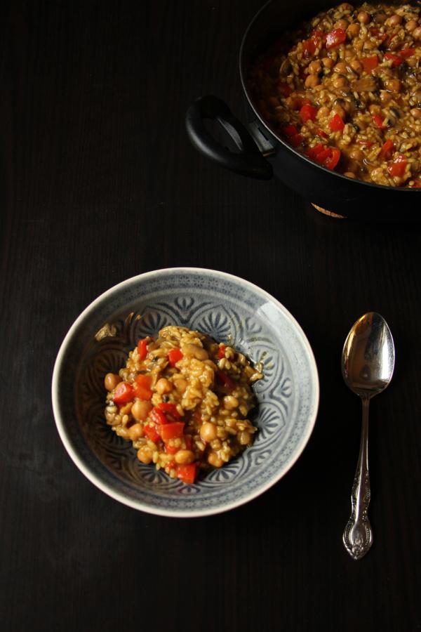 Rezepte aus Spanien: Vegane Gemüse-Paella