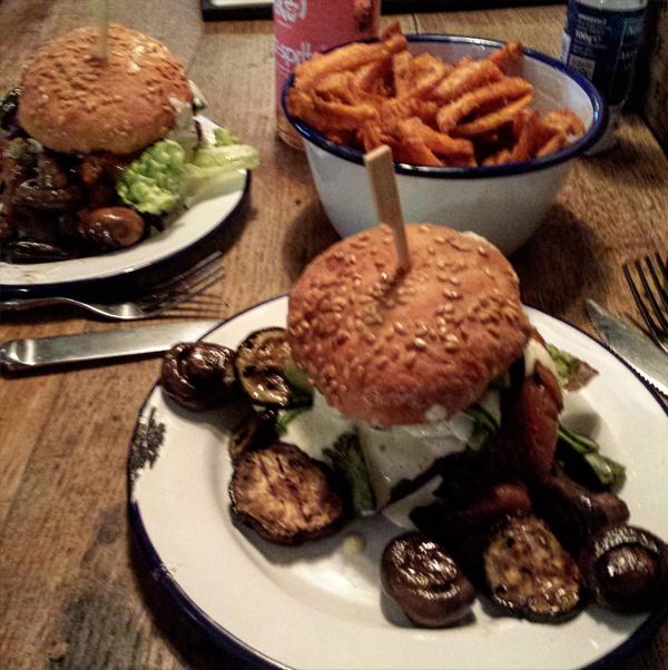 veganer Burger bei der Burgermanufaktur