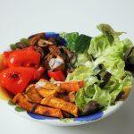 Rezept: Gemüsebowl mit Süßkartoffeln