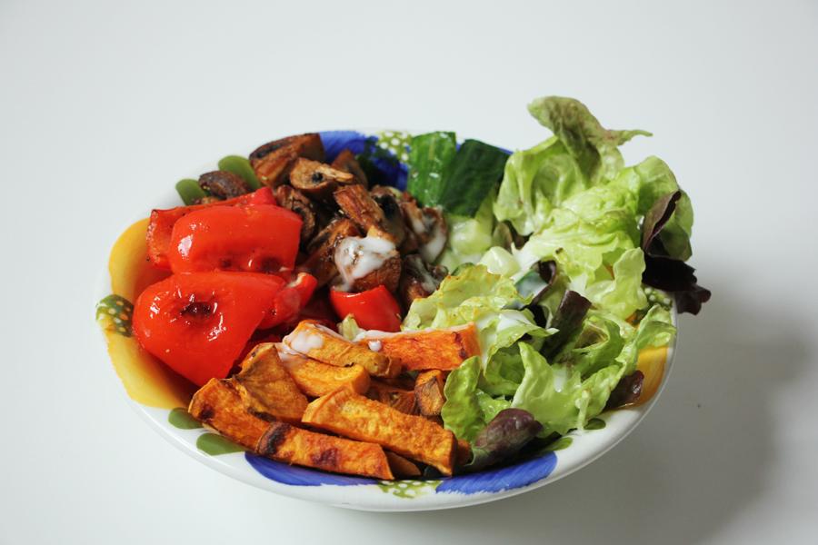 Gemüsebowl mit Süßkartoffeln 1