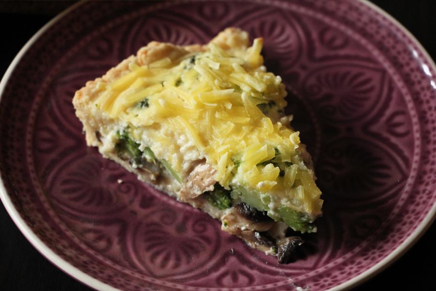 vegane Quiche mit Brokkoli und Pilzen 2