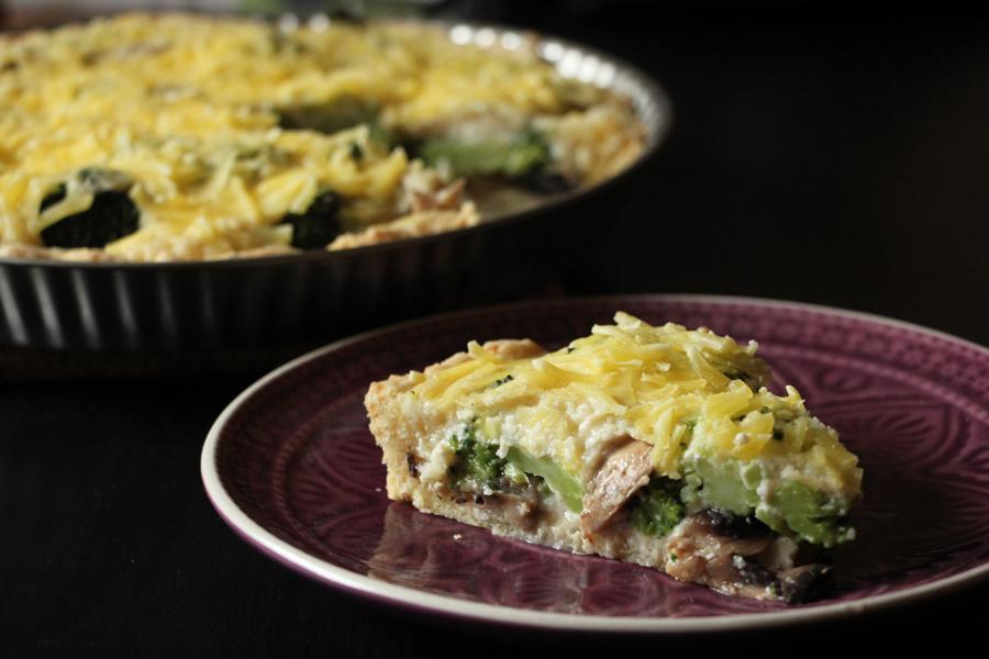 vegane Quiche mit Brokkoli und Pilzen 3