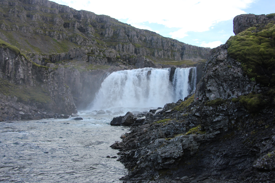 Wasserfall in den Ostfjorden