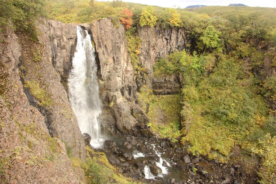 Wasserfall im Skaftafell Nationalpark in Südisland