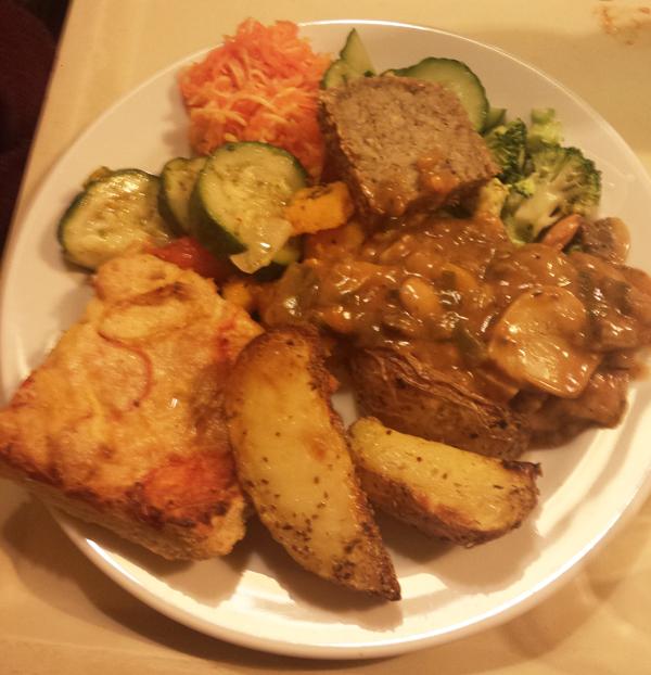Prag vegan, Veganes Essen vom Buffet bei Country Life