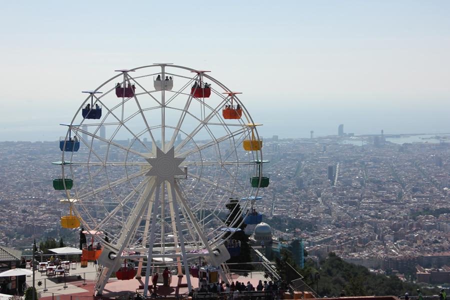 Barcelona Tibidabo Riesenrad Aussicht