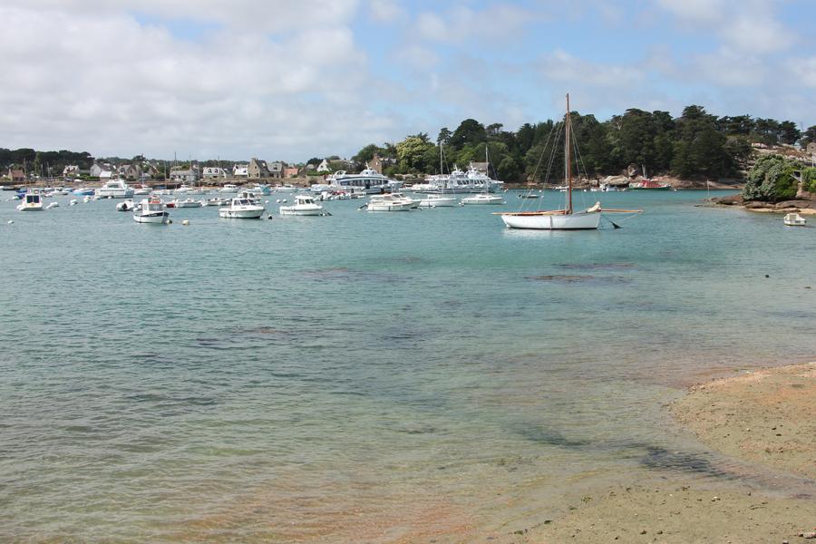 Wandern an der Côte de Granit Rose, der Hafen von Ploumanac'h