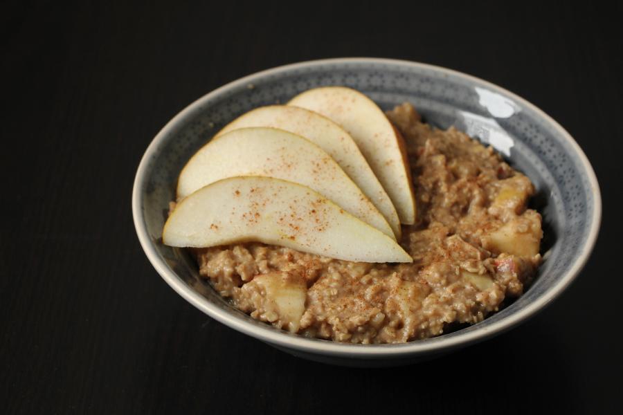 Apfel-Birnen Porridge