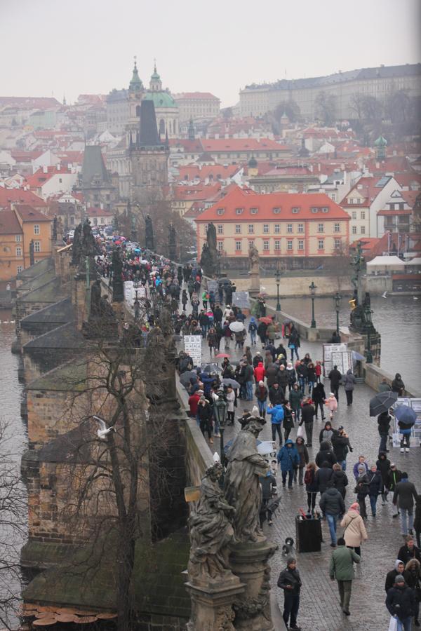 Ein Wochenende in Prag im Advent, Aussicht auf die Karlsbrücke