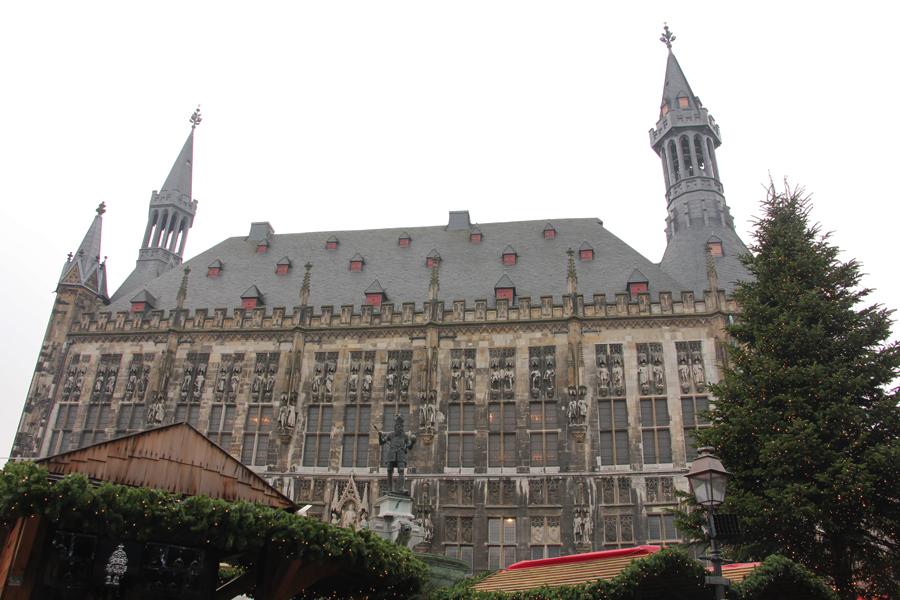 Aachen im Advent, Rathaus