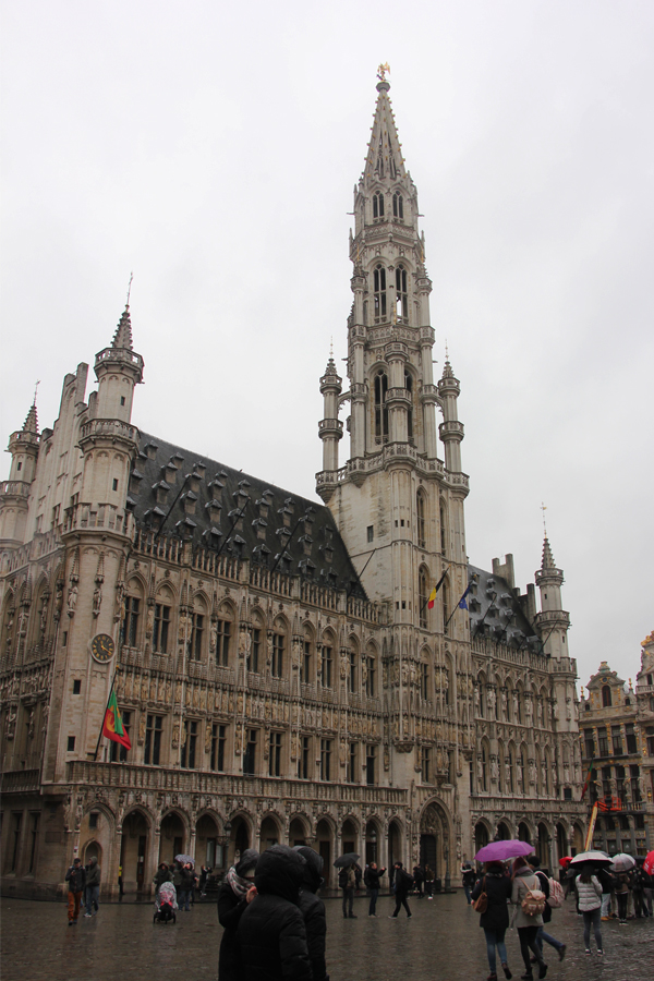 Ein Tag in Brüssel, Grand-Place