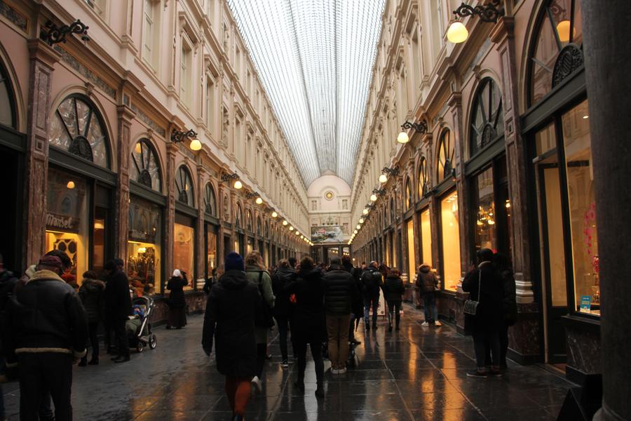 Ein Tag in Brüssel, Galeries Royales