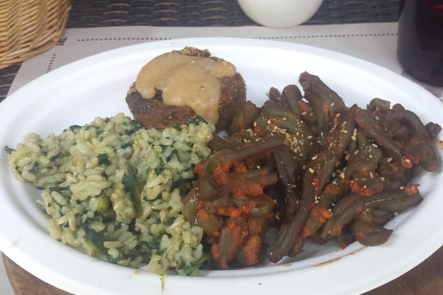veganes Essen bei Vegamore