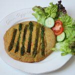 Rezept: Vegane Frittata mit grünem Spargel