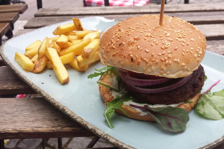 veganer Burger von Emmi's Kitchen