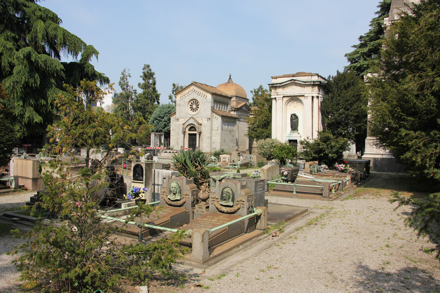 Gräber auf dem Cimitero Monumentale