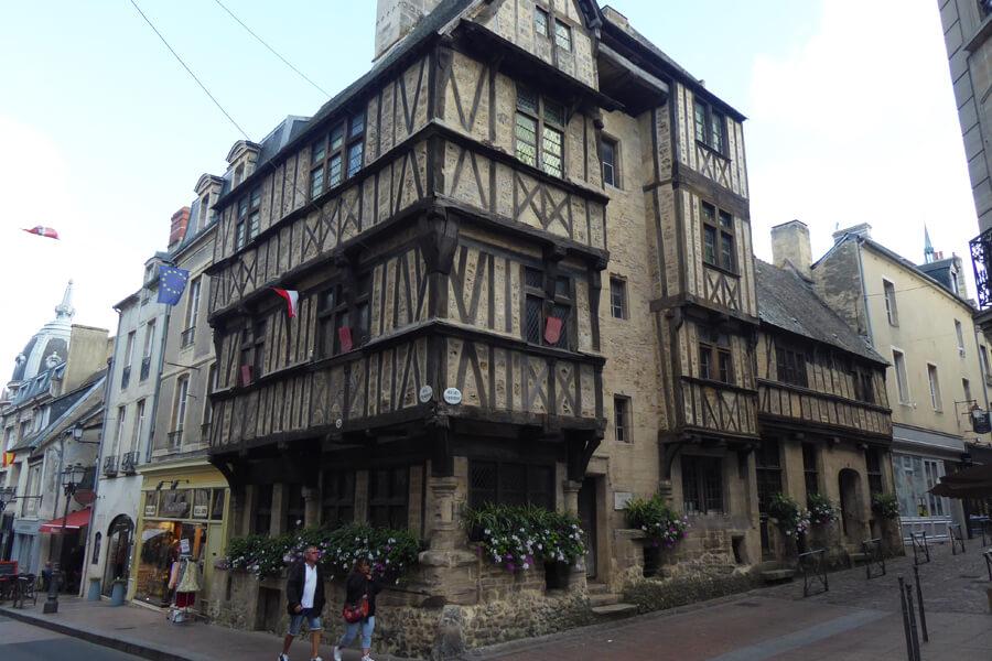 Fachwerkhaus in der Altstadt von Bayeux
