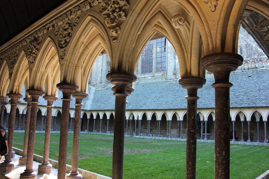 Kreuzgang in der Abtei