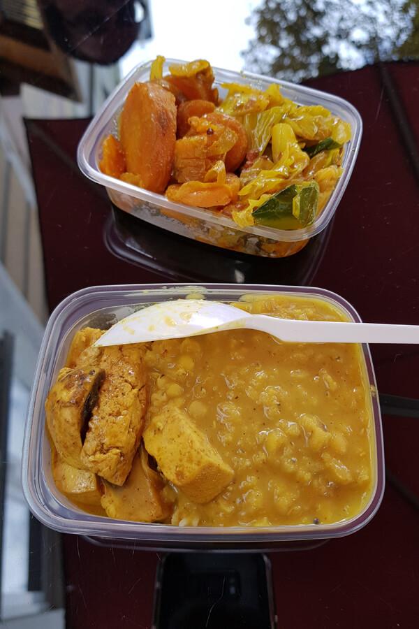 Currys bei Nishas Restaurant