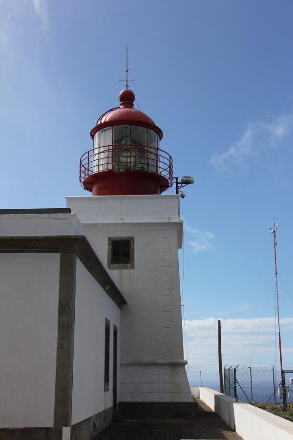 Leutturm an der Ponta do Pargo.