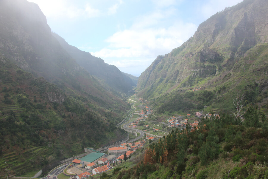 Ausblick ins Tal von Ribera Brava.