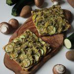 Rezept: vegane Blätterteig-Tarte mit Zucchini, Kartoffeln und Pilzen