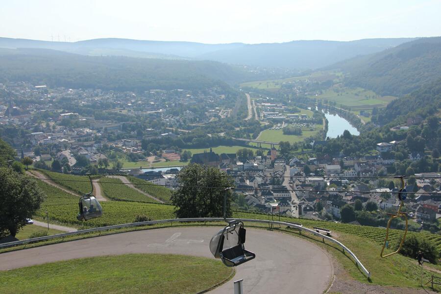 Panoramablick über Saarburg von der Sesselbahn